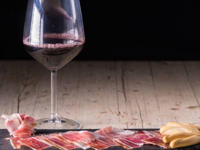 jamon-iberico-y-vino